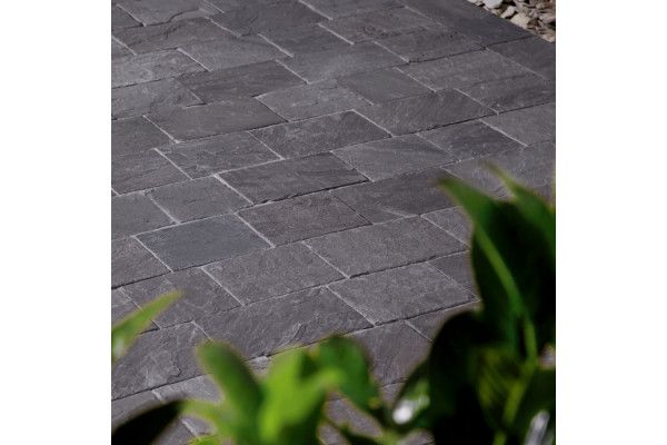 Natural Paving - Fossestone - Block Paving - Ebony - 250 x 150mm
