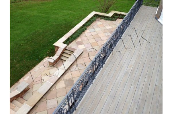 Indian Sandstone Bullnosed Steps and Corners - Riven Raj Green 3