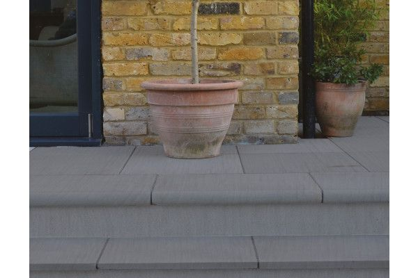 Natural Paving - Bullnose Steps / Copings - Platinum Flamed - 600 x 300mm