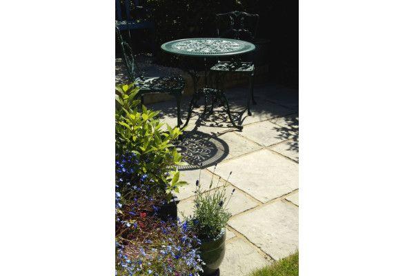 Courtyard Paving - Old Grey - Oakham Pattern - Patio Pack