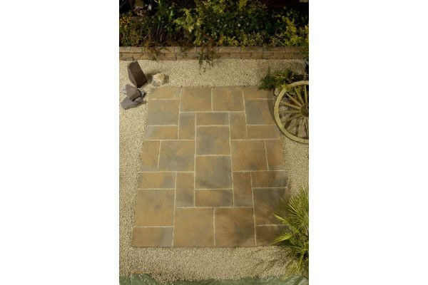 Rutland Paving - Autumn Gold - Circle and Squaring Off Kit