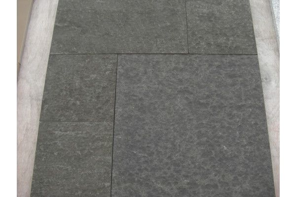 Stonemarket - Arctic Granite Paving - Midnight - Single Sizes