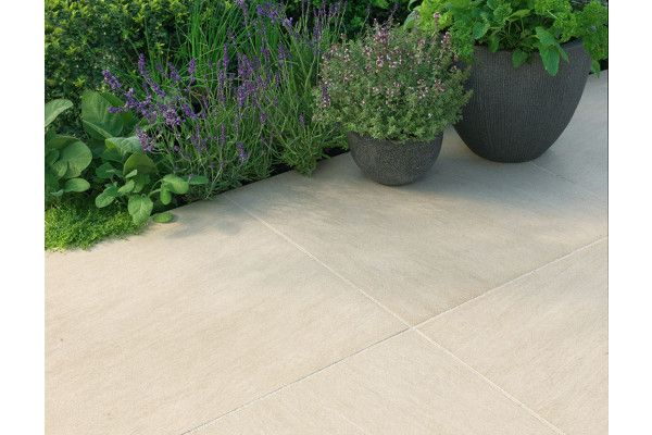 Stonemarket - Lucent Paving - Cotswold - Project Pack