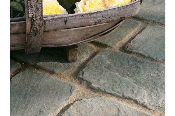 Stonemarket - Vintage Stone Setts - Raven