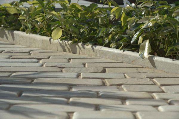 Strata Stones - Bull Nosed Edging - Mint - 450 x 150mm