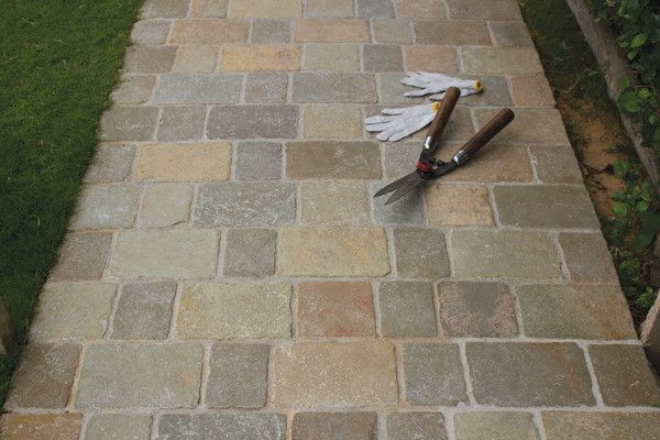 Strata Stones - Block Paving - Pave Setts - Mixed Pack - Tuscan