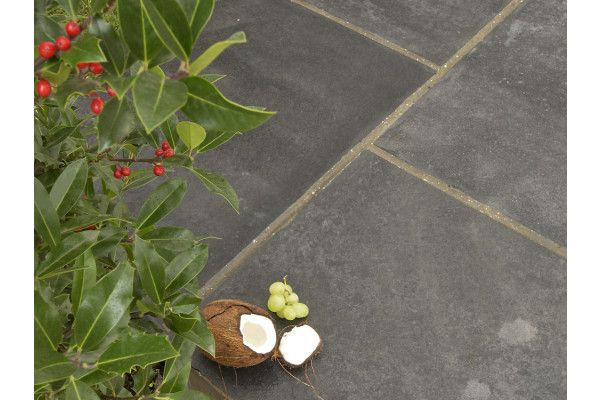 Strata Stones - Whitchurch Limestone Collection - Black Lime - Single Sizes